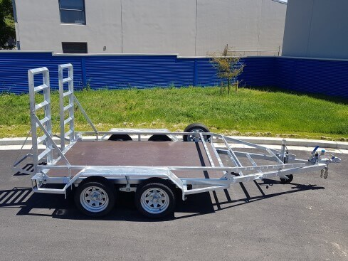 2.5 ton digger trailer side view
