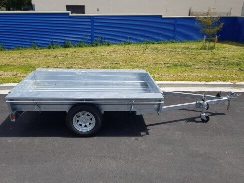 single axle domestic trailer from side
