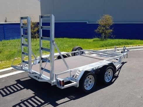 2.5 ton digger trailer rear view