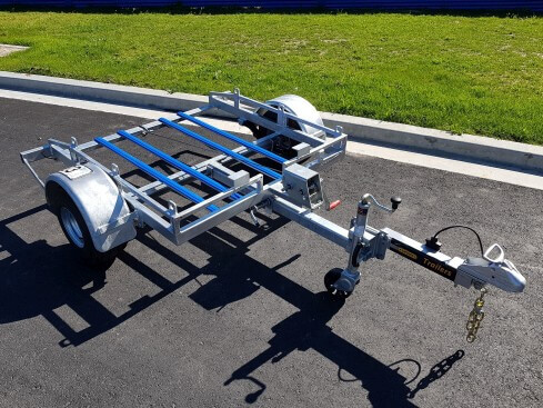 plate compactor trailer front view