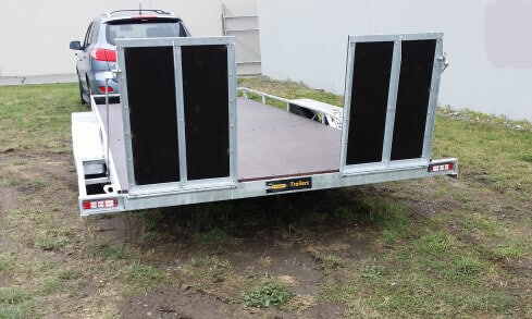 car transporter rear view
