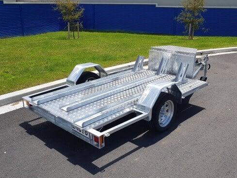 single axle motorbike trailer rear side view